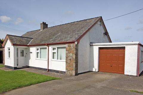 2 bedroom detached bungalow for sale - Pencraigwen, Llannerchymedd, North Wales