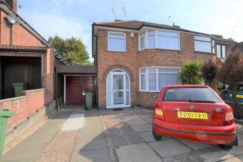 3 bedroom terraced house for sale - Edenhurst Avenue, Braunstone Town, Leicester