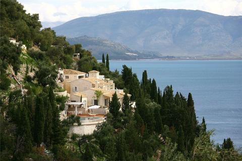 11 bedroom house - Corfu, Greece