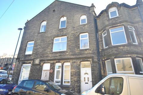 1 bedroom apartment to rent - Fountain Street, Thornton