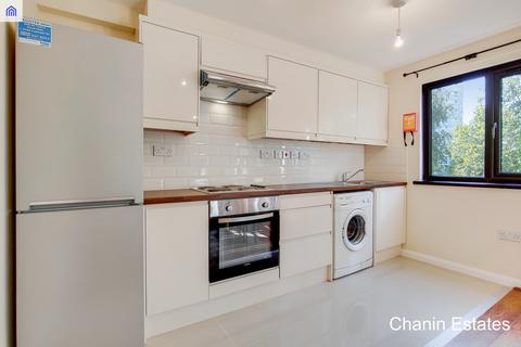 4 bedroom townhouse to rent - Oxley Close, South Bermondsey