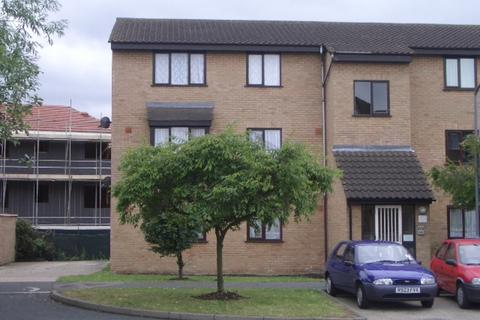 1 bedroom apartment to rent - Millhaven Close, Romford