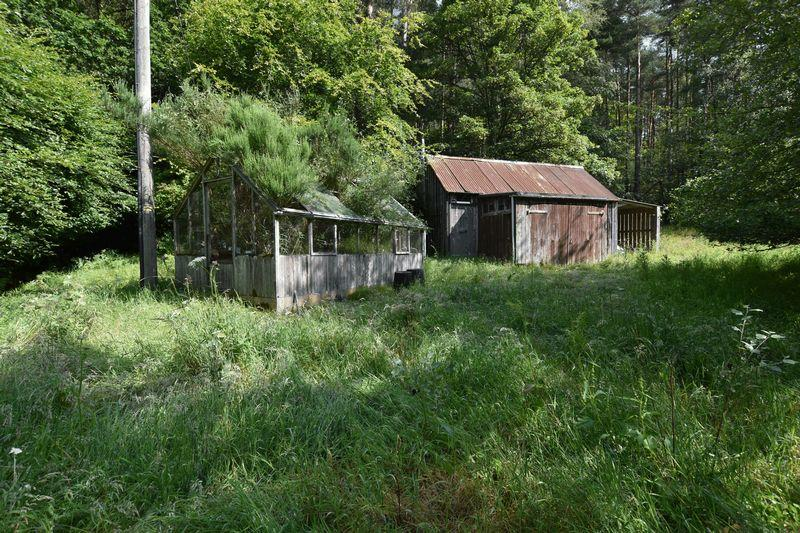 Hut on Site