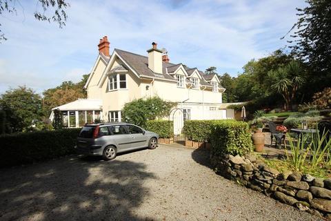 4 bedroom detached house for sale - Aber Road, Llanfairfechan