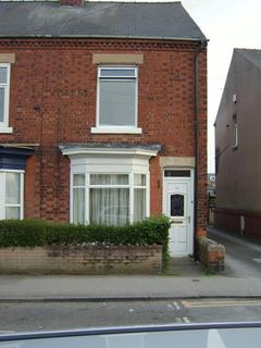 2 bedroom semi-detached house to rent - Central Avenue, Worksop