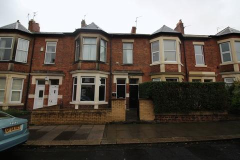 3 bedroom flat to rent - Sandringham Road, Newcastle Upon Tyne