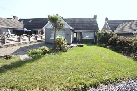 2 bedroom detached bungalow for sale - Porthkerry Road, Rhoose