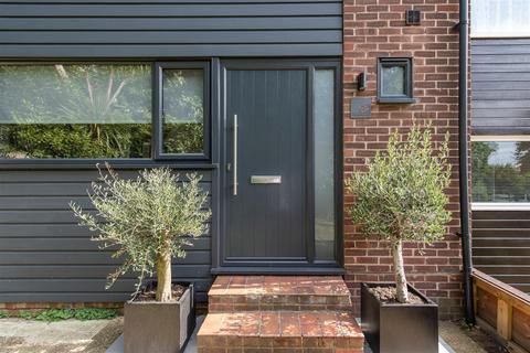 3 bedroom townhouse for sale - Grasmere Road, Shortlands, Bromley, BR1