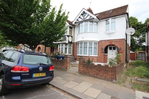 6 bedroom semi-detached house for sale - Acton