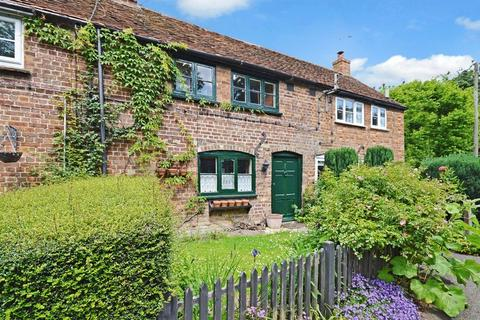 2 bedroom cottage to rent - Terrick
