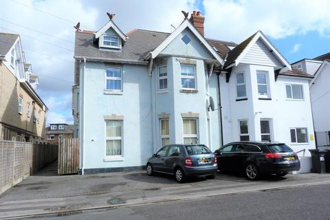 2 bedroom apartment to rent - Campbell Road, Bournemouth, BH1