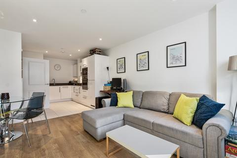 1 bedroom apartment to rent - Bessemer Place, London, SE10