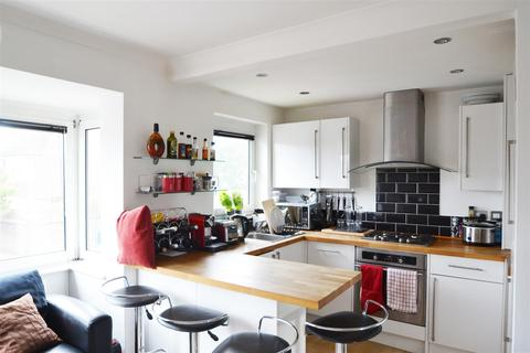 2 bedroom flat to rent - Hurst Court, Reigate Road, Brighton, BN1 5AH