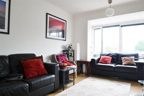 2 bedroom flat to rent - Hurst Court, Reigate Road, Brighton, BN1 5AH