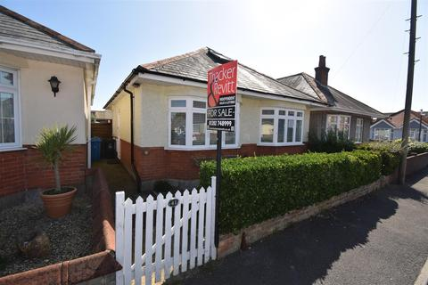 3 bedroom detached bungalow for sale - Heather View Road, Parkstone, Poole
