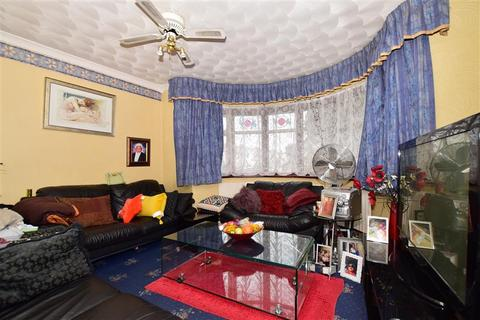 3 bedroom semi-detached house for sale - Swanley Road, Welling