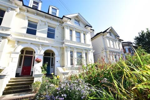 2 bedroom flat for sale - Upper Grosvenor Road, TUNBRIDGE WELLS, Kent, TN1 2EP
