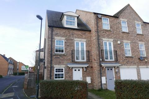 3 bedroom semi-detached house to rent - Coningham Avenue, Rawcliffe