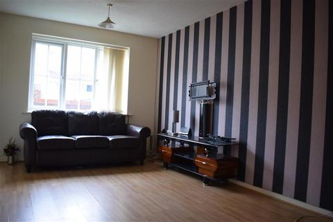 2 bedroom flat for sale - Thorndale Court, Manchester, M9 8PZ