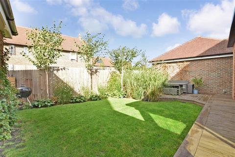 5 bedroom detached house for sale - Williamson Road, Horley, Surrey