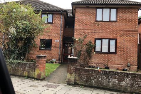 1 bedroom flat to rent - Marand Court , High St, Aylesbury  HP20