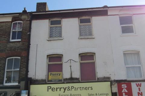 Office to rent - High Street, Gillingham  ME7