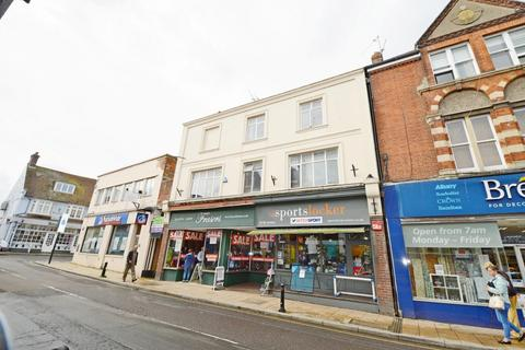 1 bedroom flat to rent - Chapel Street, Petersfield, GU32
