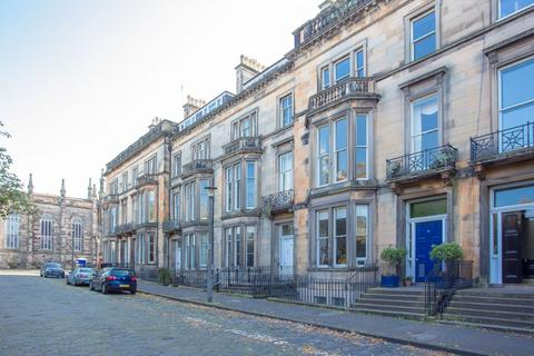 2 bedroom flat for sale - 5/2 Buckingham Terrace, West End, EH4 3AB