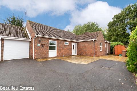 4 bedroom detached bungalow for sale - Roxwell Avenue, Chelmsford, Essex, CM1
