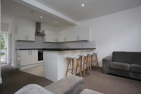 6 bedroom terraced house to rent - Islingword Street, Brighton