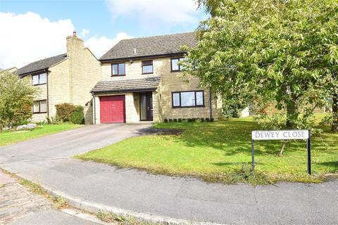 4 bedroom detached house for sale - Dewey Close, Woodmancote, GL52
