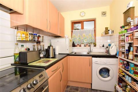 2 bedroom end of terrace house for sale - The Abbots, Dover, Kent