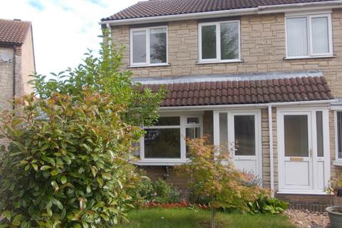 3 bedroom semi-detached house to rent - Sywell Close, Birchwood, Lincoln, LN6 3NY