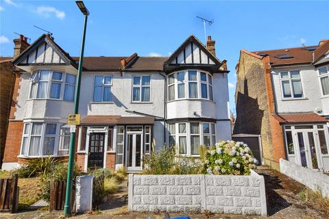 3 bedroom semi-detached house for sale - Hereford Road, London, E11