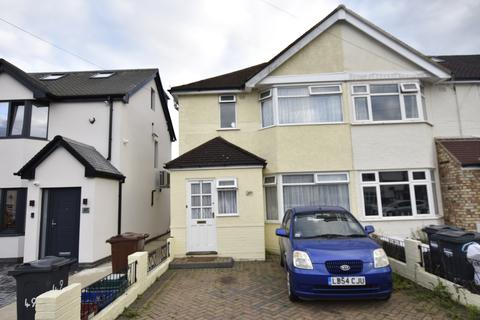 3 bedroom house for sale - Cranleigh road, Feltham, Middlesex, TW13