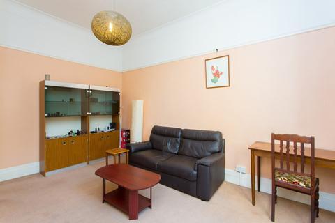 1 bedroom flat to rent - Gwendwr Road, West Kensington, W14