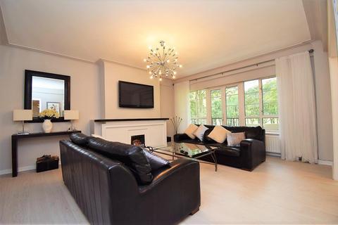3 bedroom apartment to rent - Moor Court, Westfield, Newcastle Upon Tyne
