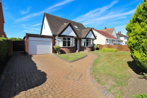 4 bedroom chalet for sale - Galleywood Road, Chelmsford, Essex, CM2