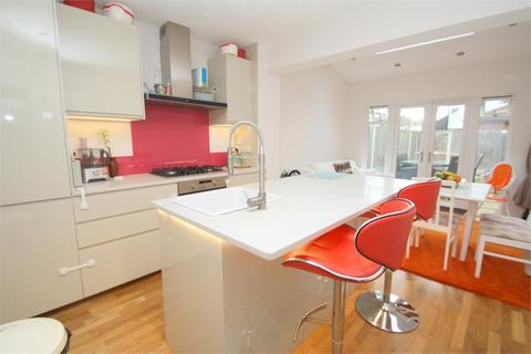 3 bedroom semi-detached house for sale - Northfield Road, STAINES-UPON-THAMES, Surrey
