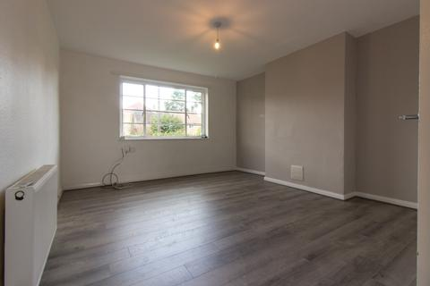 2 bedroom flat to rent - Hoecroft Court, Hoe Lane, Enfield, EN3