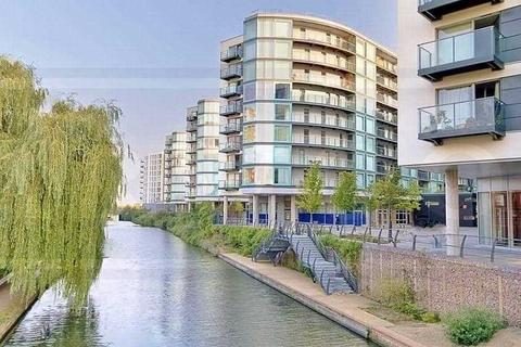 2 bedroom apartment to rent - Hayes