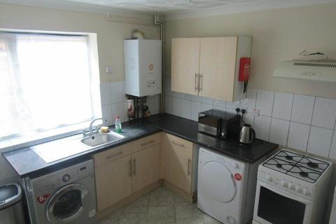 2 bedroom terraced house to rent - Portswood Road , Southampton