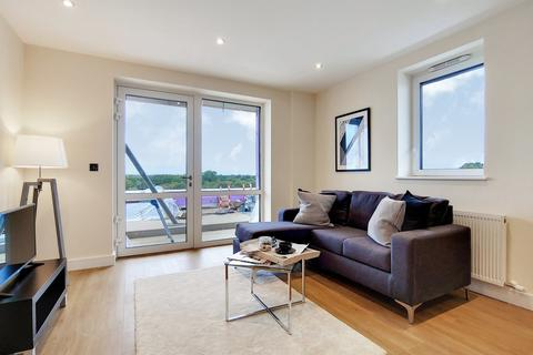 2 bedroom apartment for sale - Bishopsgate House, Hounslow, TW4