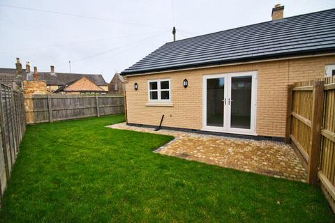 2 bedroom bungalow for sale - Whitmore Street, Whittlesey, PE7
