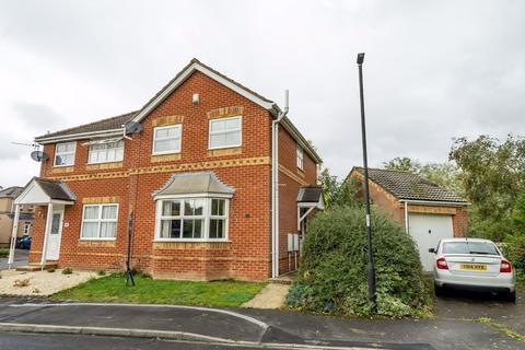 3 bedroom semi-detached house to rent - 46 Goodwood Grove