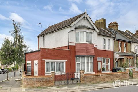 4 bedroom terraced house for sale - Clarendon Road, London, N15