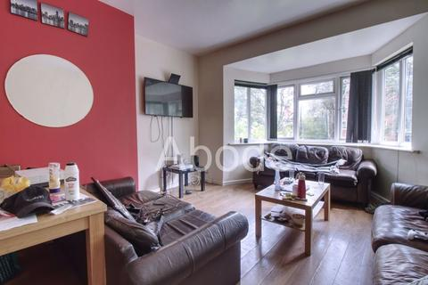 10 bedroom house to rent - North Grange Mount, Leeds, West Yorkshire