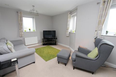 2 bedroom flat for sale - Pool Barton, Keynsham, Bristol