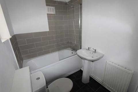 2 bedroom terraced house to rent - Seaforth Vale North, Liverpool