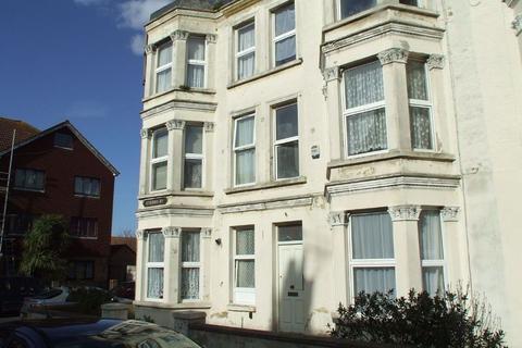 1 bedroom flat to rent - Hereward House, Gordon Road, CT9 2DN